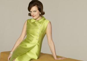 elisabeth moss in green