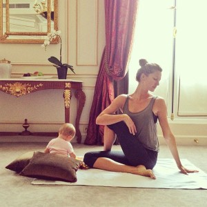 gisele and v do yoga