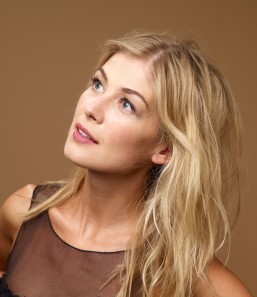 rosamund-pike-photoshoot-002