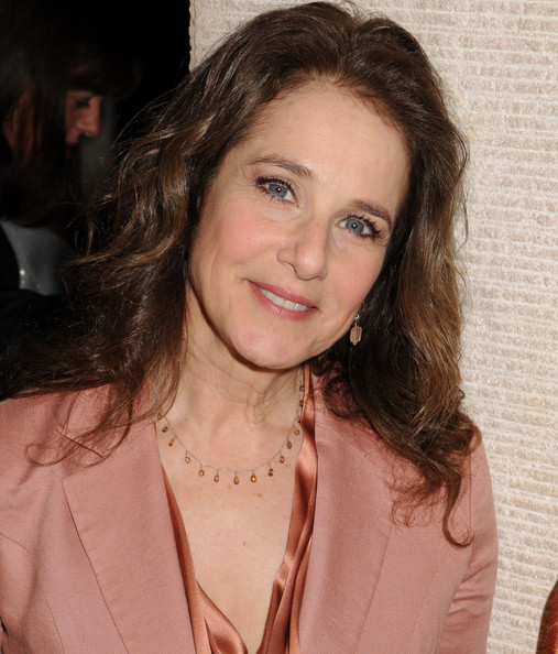 Debra Winger | ENTERTAINMENT REALM