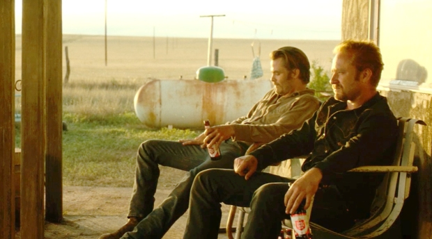 hell-or-high-water-2016-movie-review-ben-foster-chris-pine-western